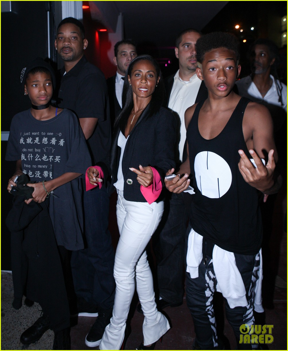 will jada pinkett smith family club night in miami 012771984