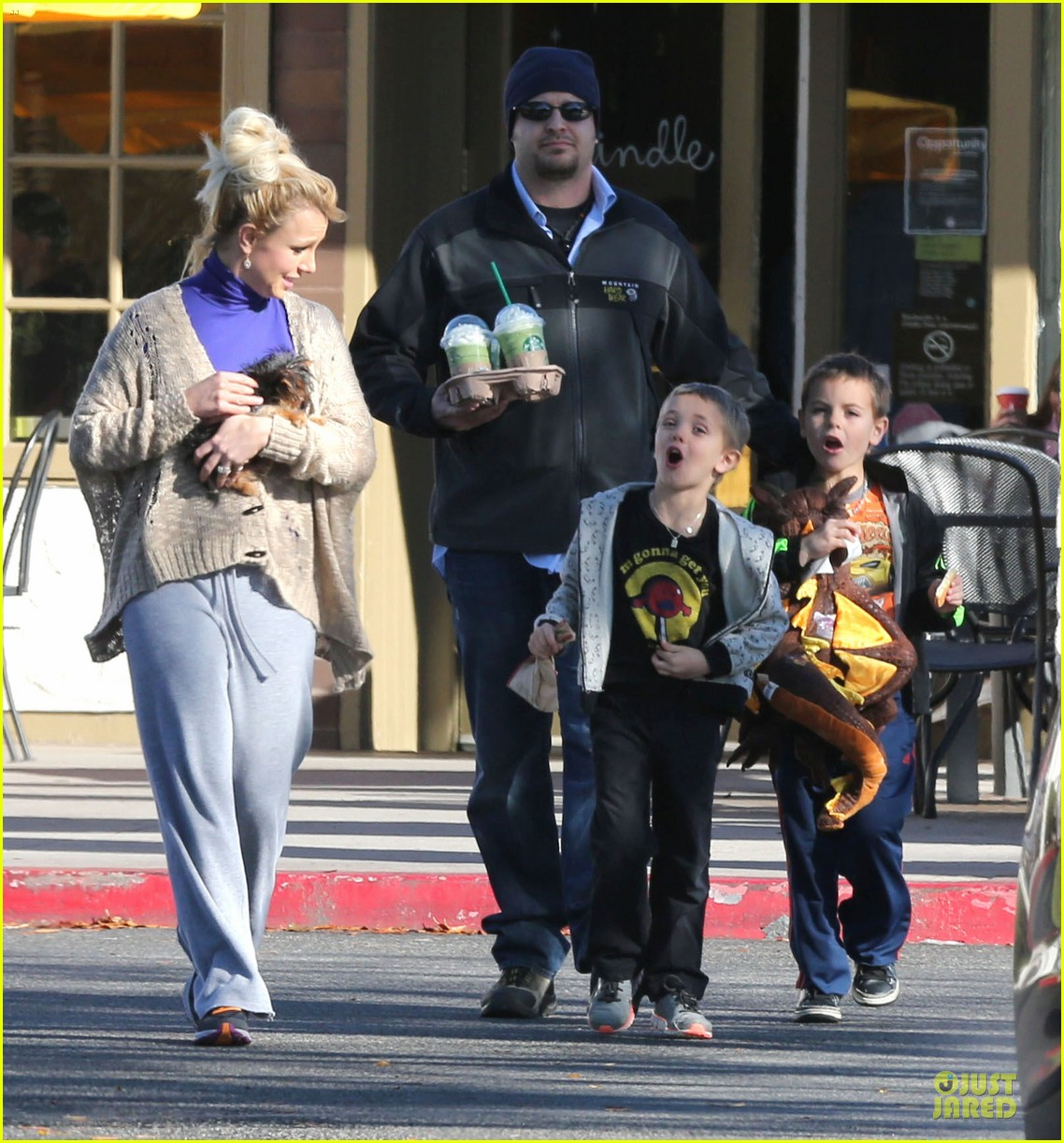 britney spears happy birthday jason trawick 18