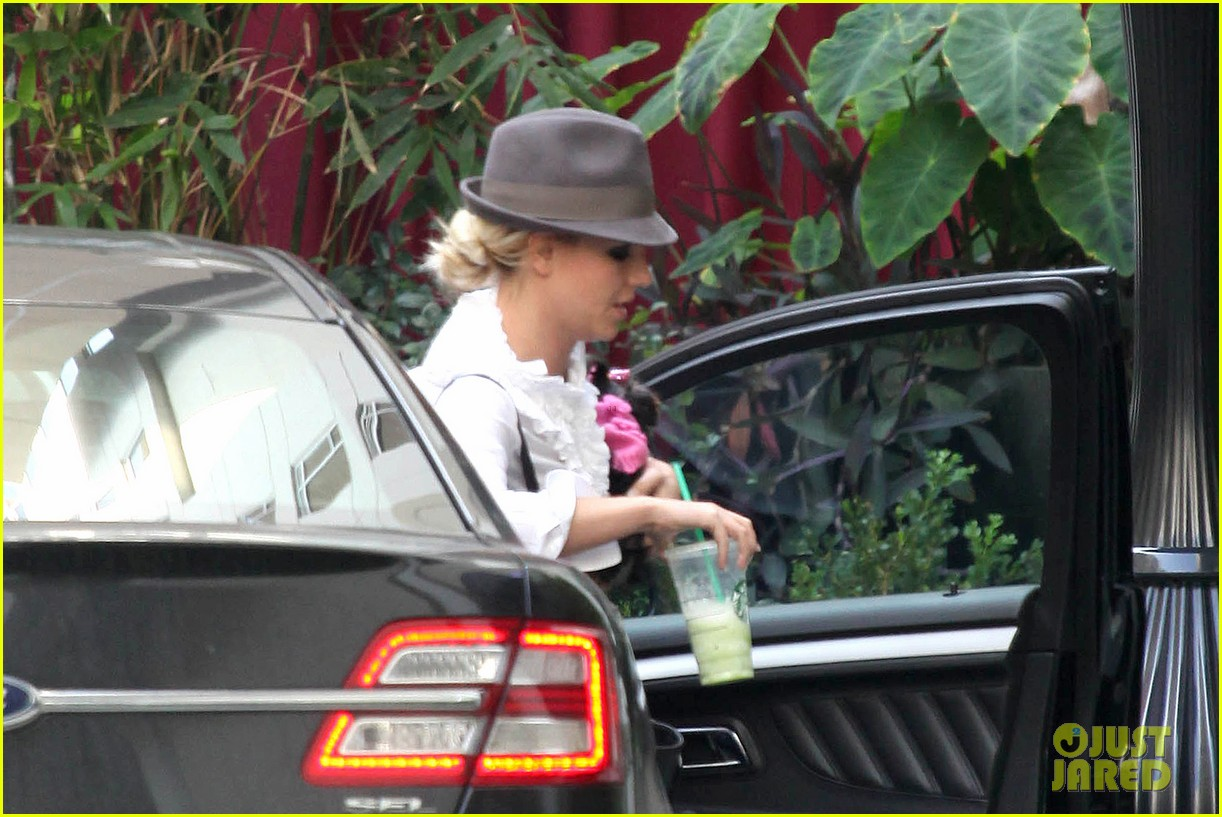 britney spears west hollywood lunch 032770628