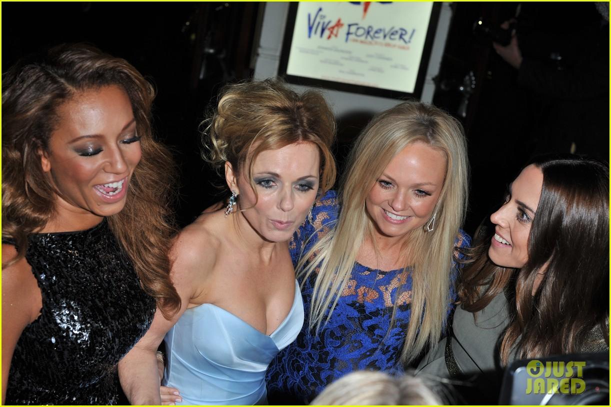 spice girls attend viva forever press night 102773824