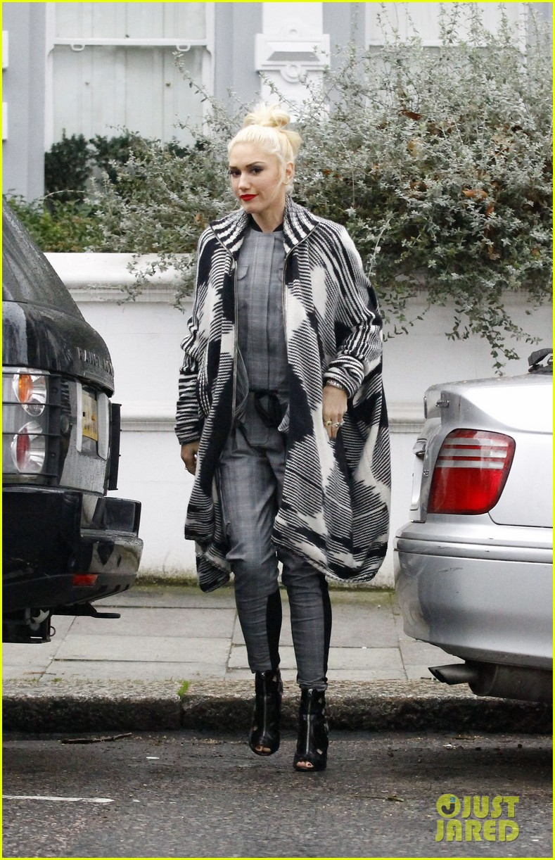 gwen stefani push shove receives discount on itunes 052781387
