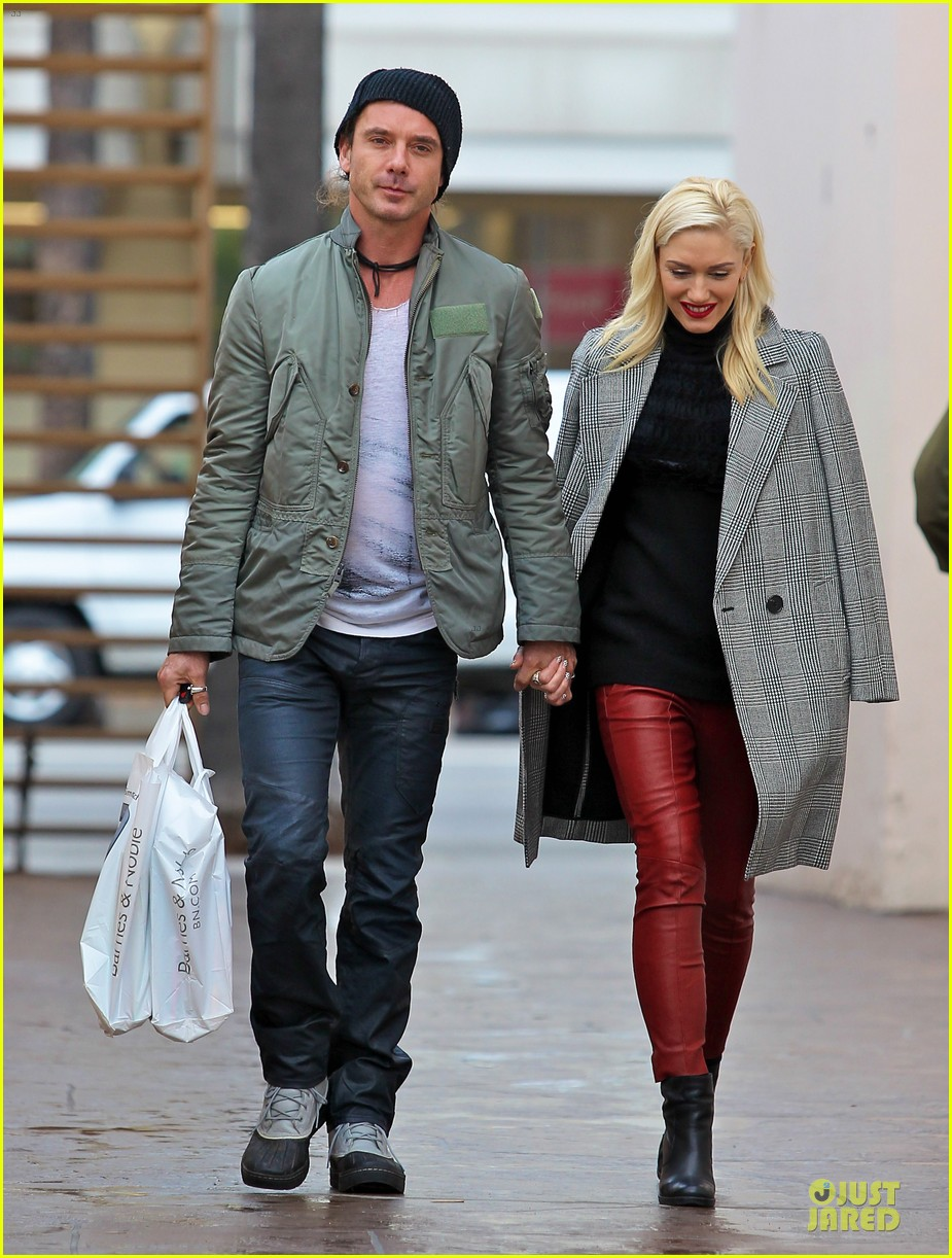gwen stefani & gavin rossdale holiday shopping couple 102778201