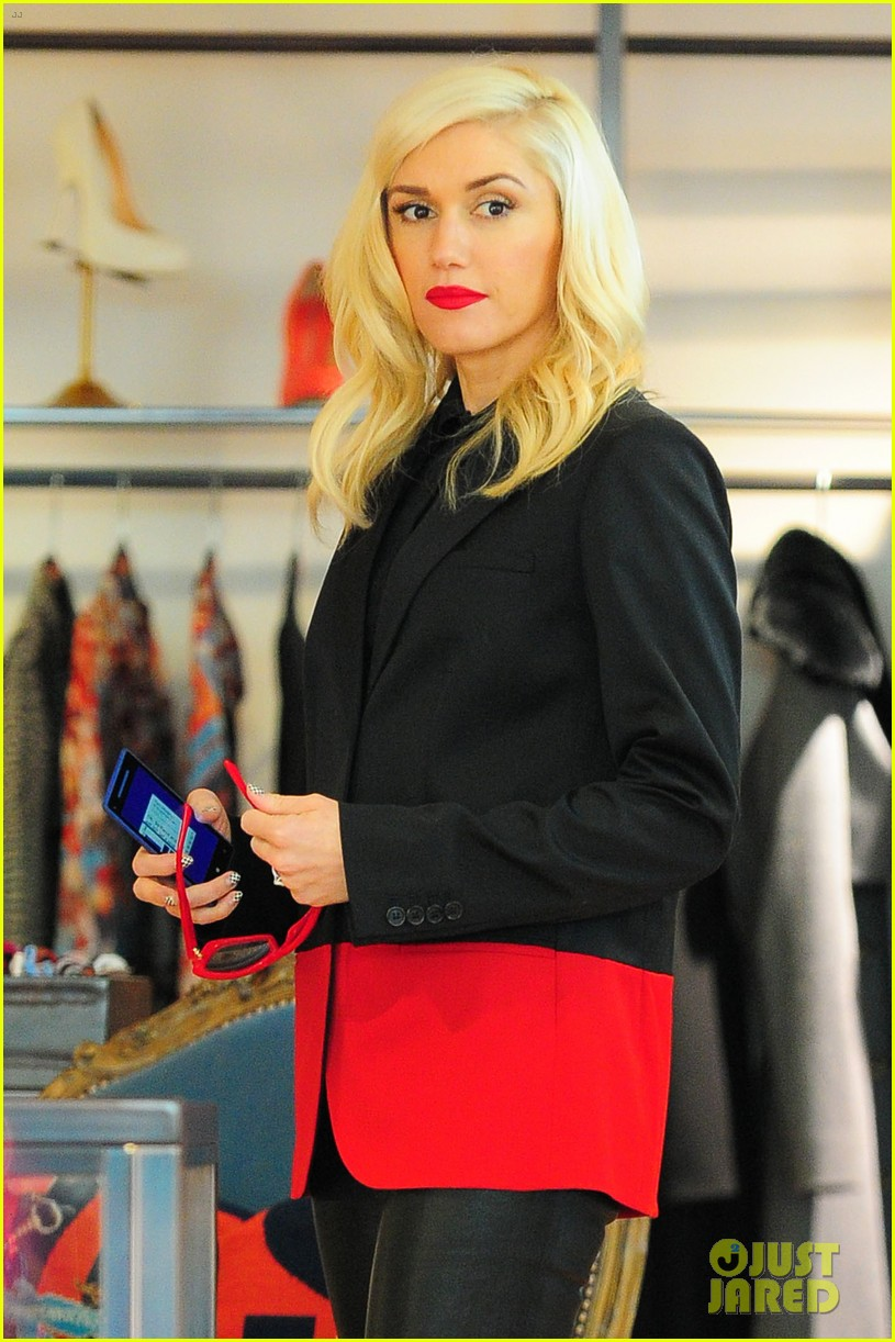gwen stefani west hollywood shopper 04