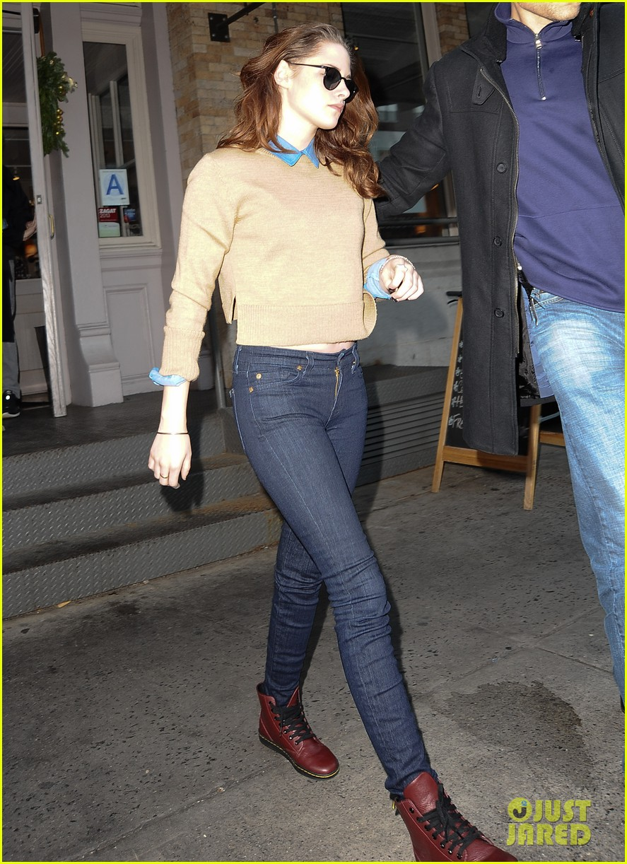 kristen stewart sarabeths lunch in new york 05