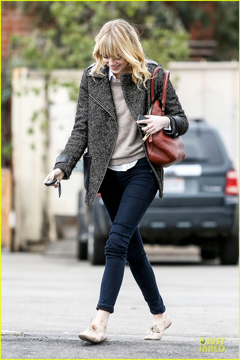 emma stone& andrew garfield separate outings with friends 222776261