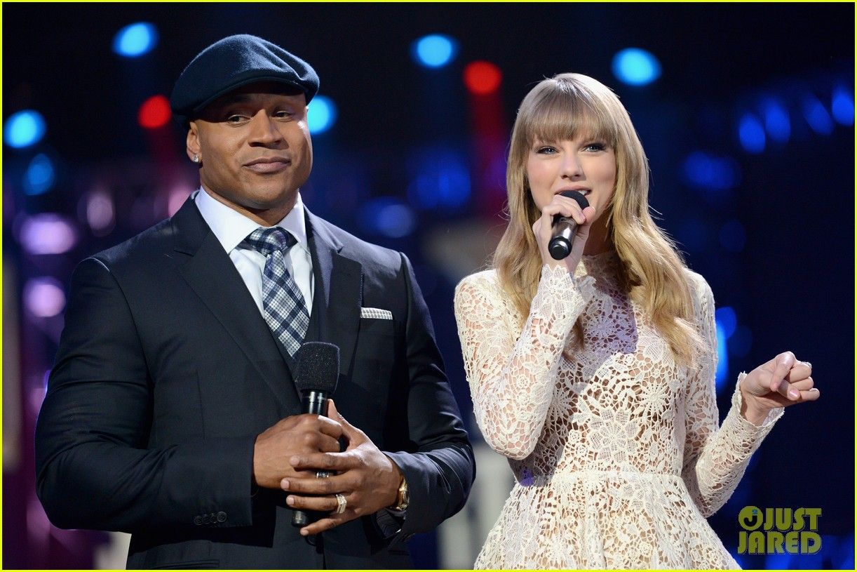 taylor swift grammy nominations concert 122769972