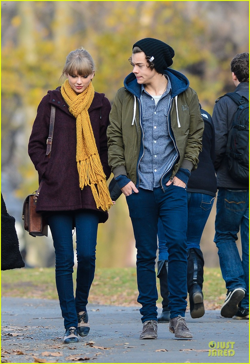 taylor swift harry styles central park stroll 012768114