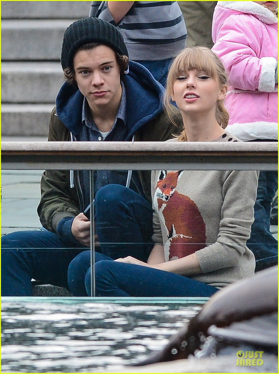 taylor swift harry styles central park stroll 042768117