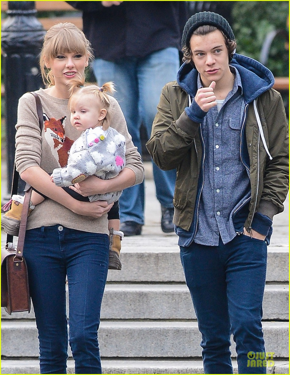 taylor swift harry styles central park stroll 142768127
