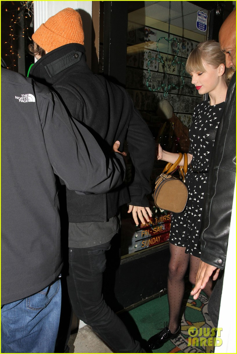 taylor swift harry styles tattoo twosome 022778284