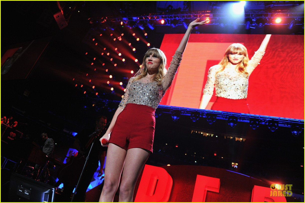taylor swift z100 jingle ball 2012 18