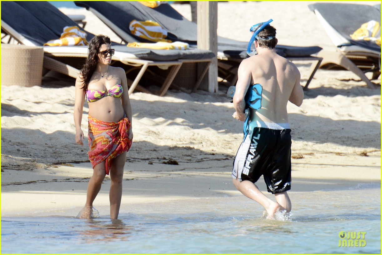 pregnant jenna dewan kisses shirtless channing tatum 082782177