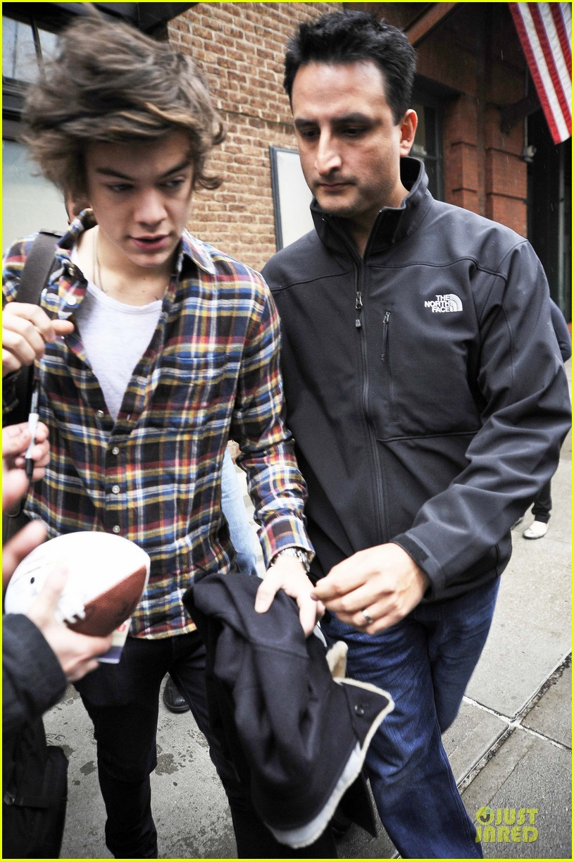 taylor swift& harry styles leave same hotel separately 072771496