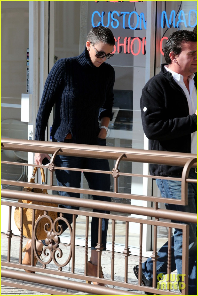 charlize theron west hollywood lunch with pals 022778857