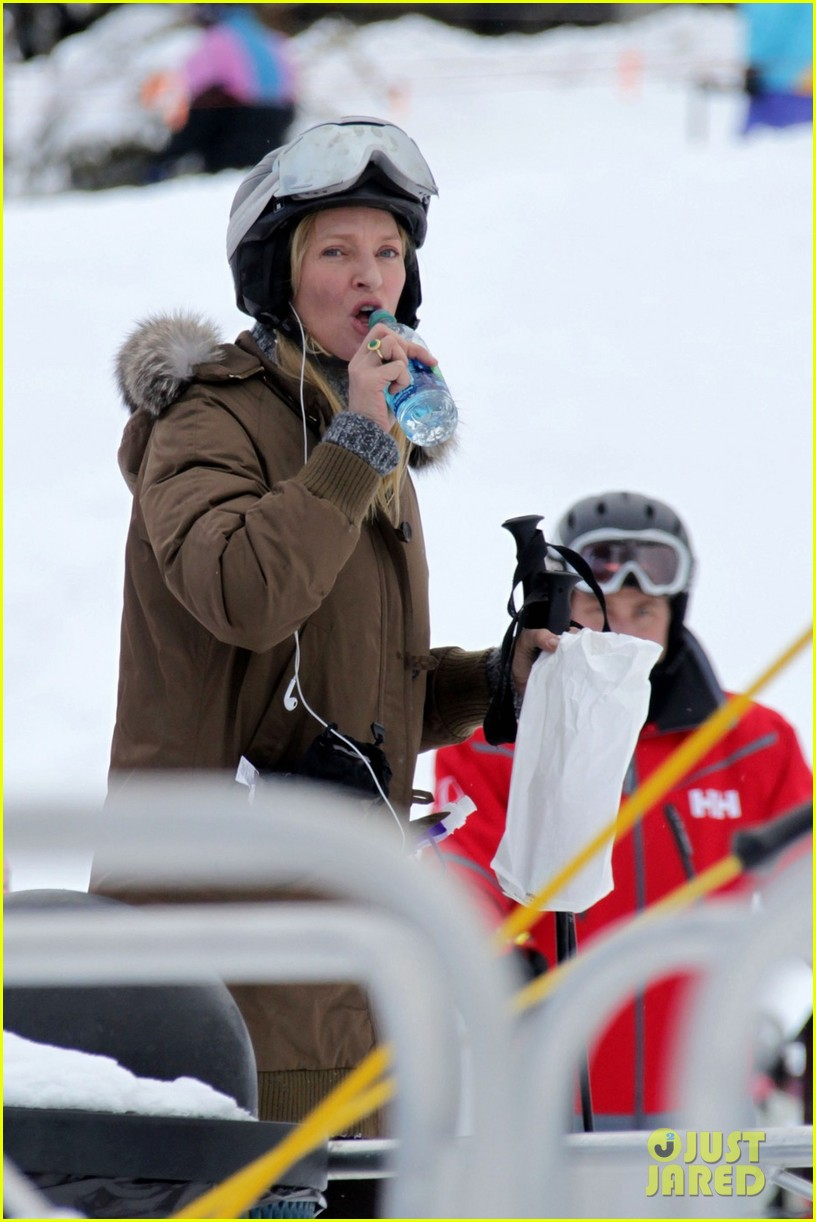 uma thurman aspen ski vacation 022781316