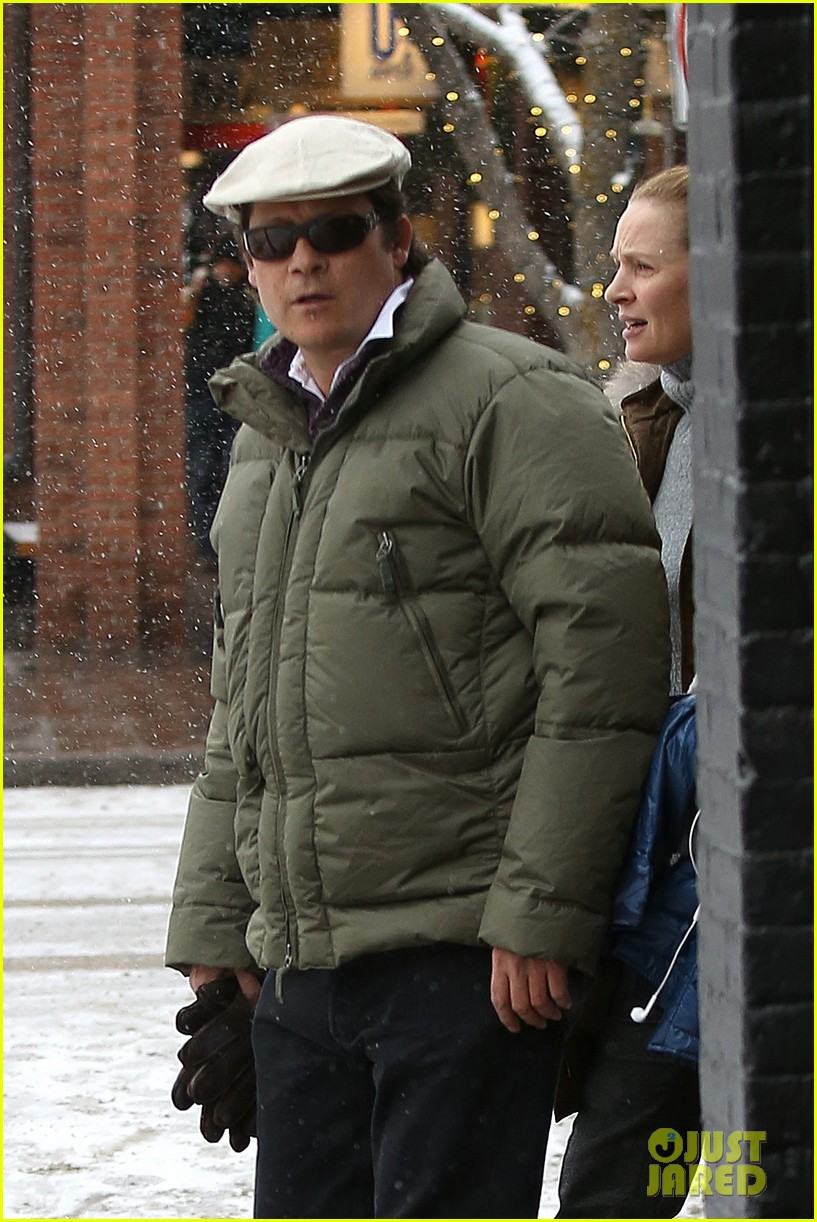 uma thurman arpad busson snow aspen stroll with maya 022780777