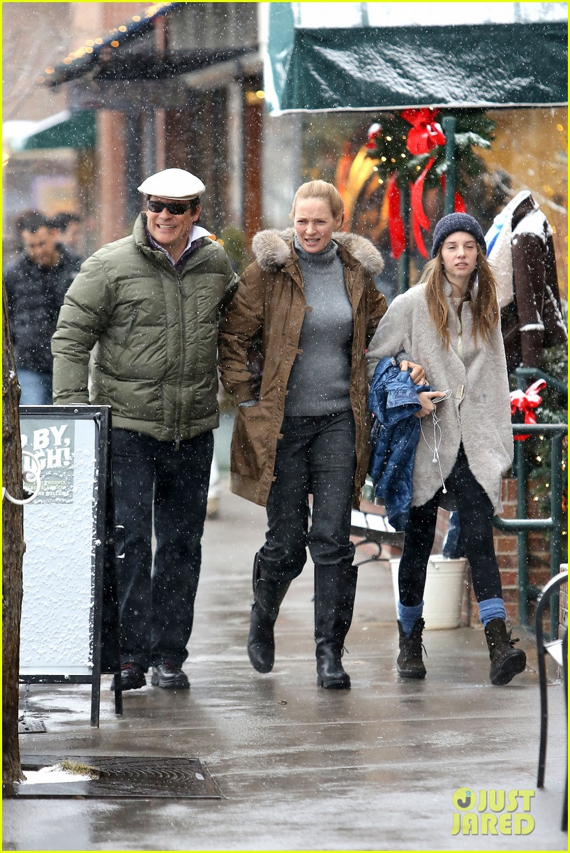 uma thurman arpad busson snow aspen stroll with maya 212780796