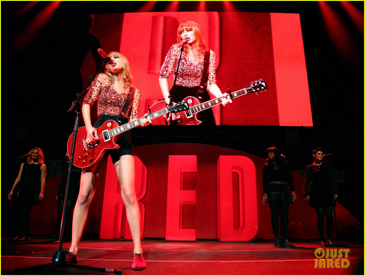 taylor swift kiis fm jingle ball 212767721