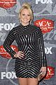 carrie underwood miranda lambert acas red carpet 2012 02