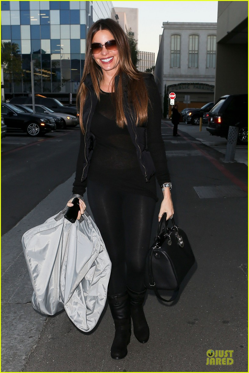 sofia vergara sheer garment carrying gal 08