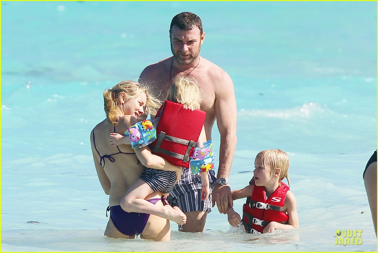 naomi watts st barths beach fun with shirtless liev schreiber 072782758