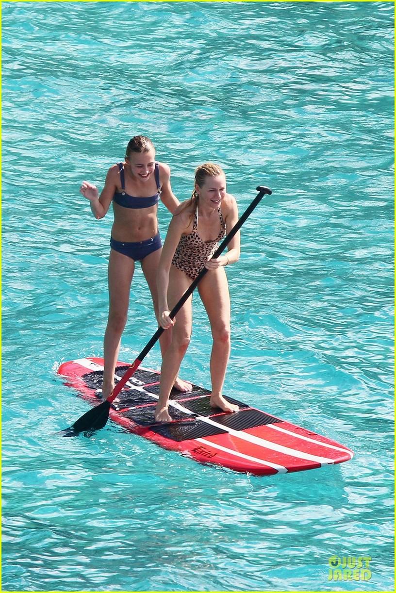 naomi watts st barths beach fun with shirtless liev schreiber 11