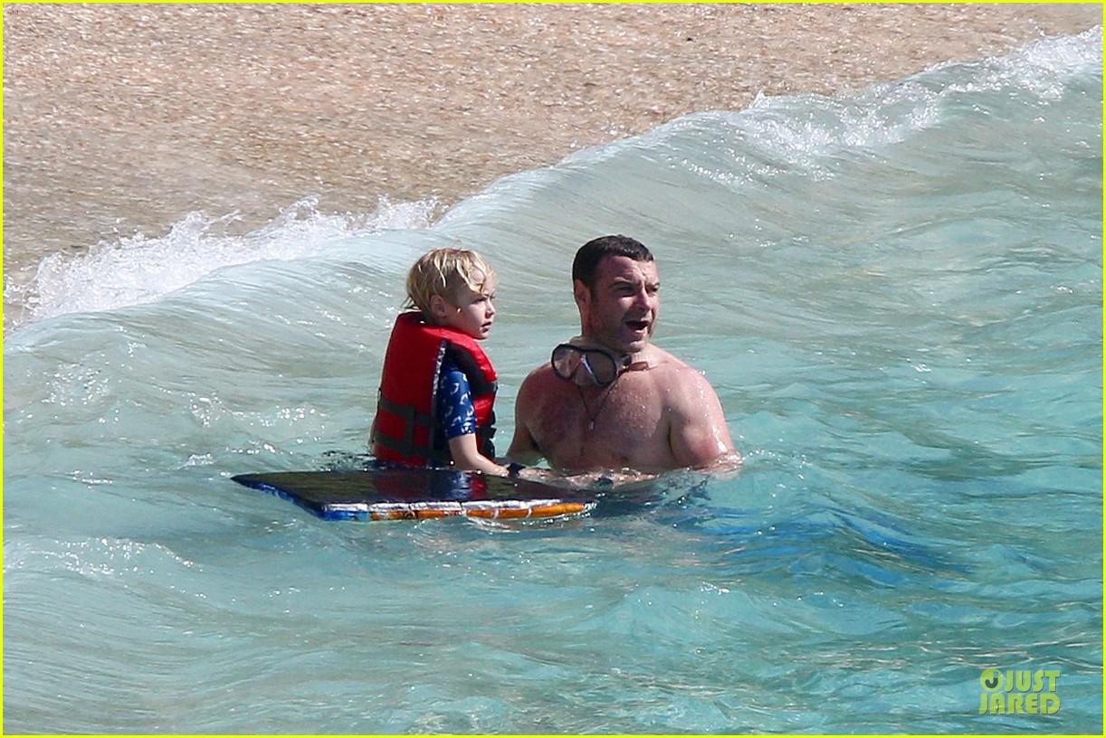 naomi watts st barths beach fun with shirtless liev schreiber 162782767