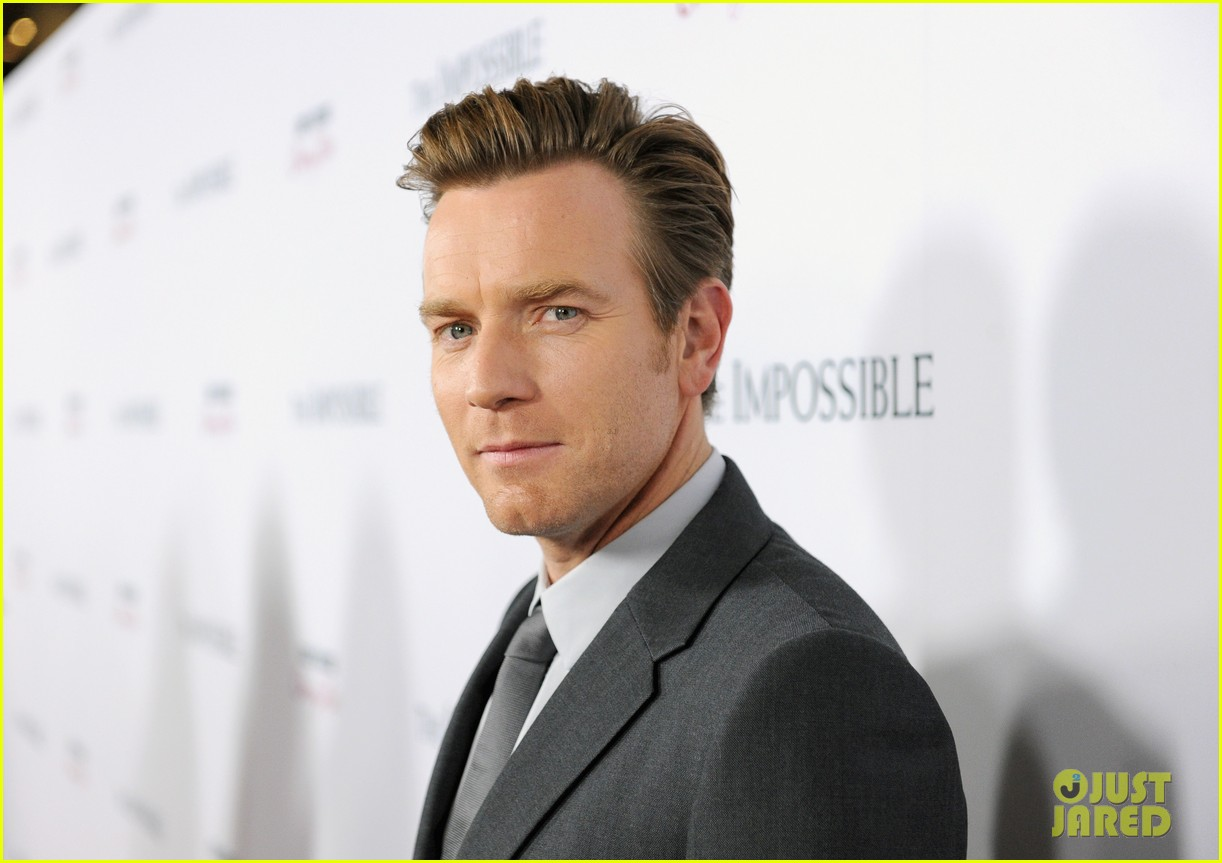 naomi watts ewan mcgregor the impossible premiere 072773426