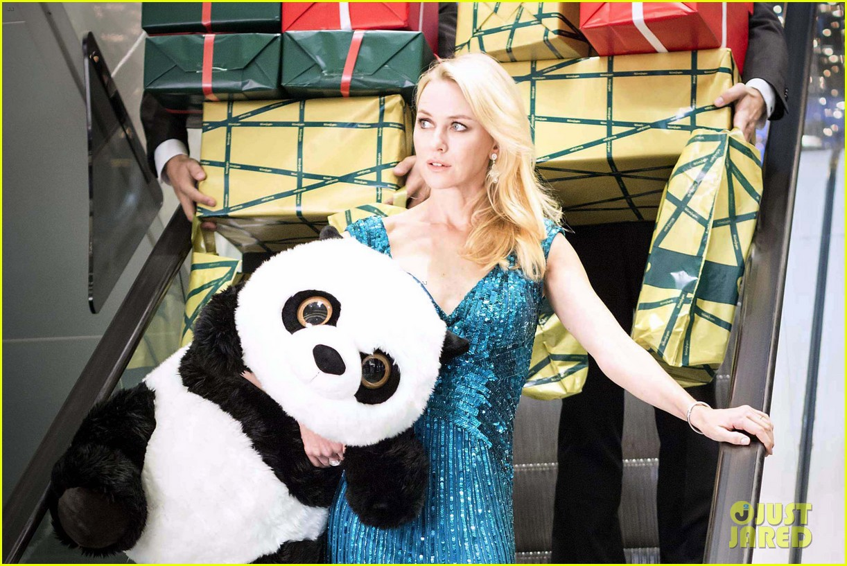 naomi watts promo shoot with panda bear 04