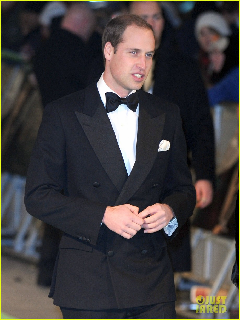 prince william hobbit premiere without kate middleton 052774598