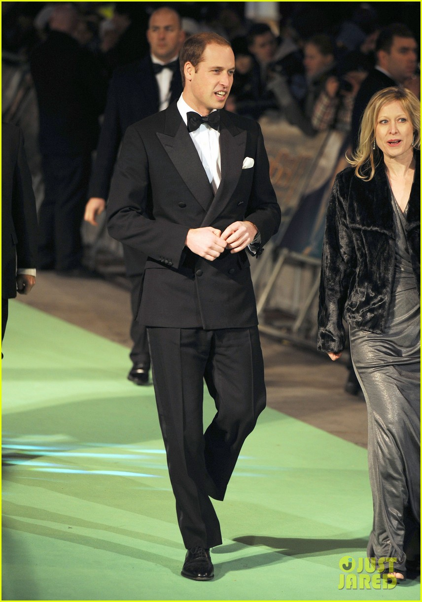 prince william hobbit premiere without kate middleton 082774601