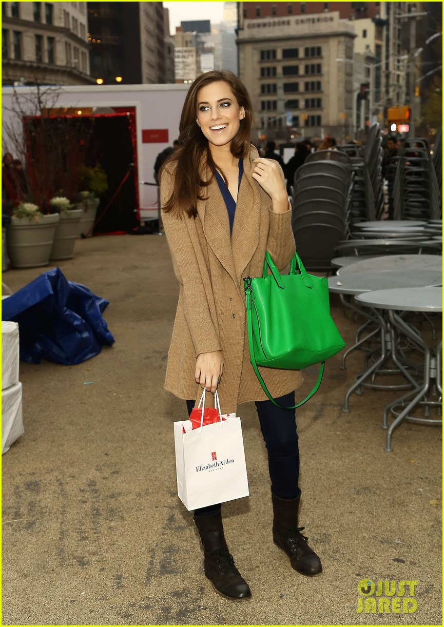 allison williams much music 112769821