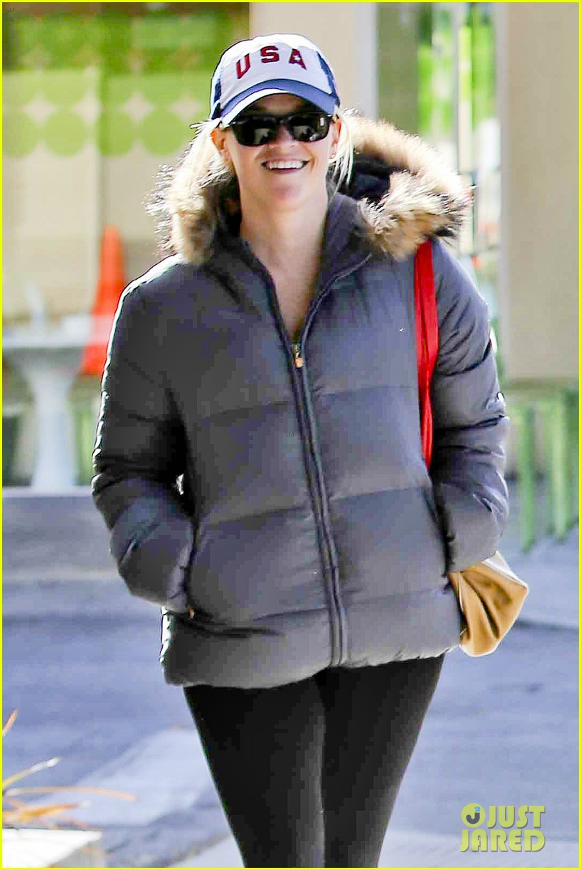 reese witherspoon jim tosh christmas shop 122779526