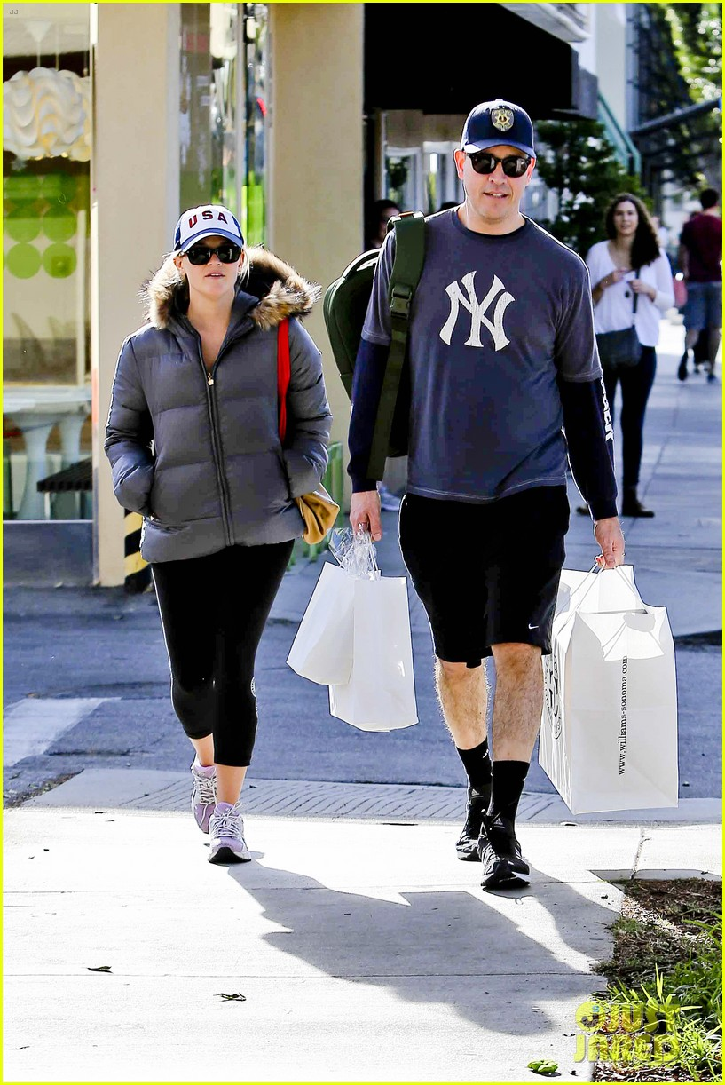 reese witherspoon jim tosh christmas shop 162779530