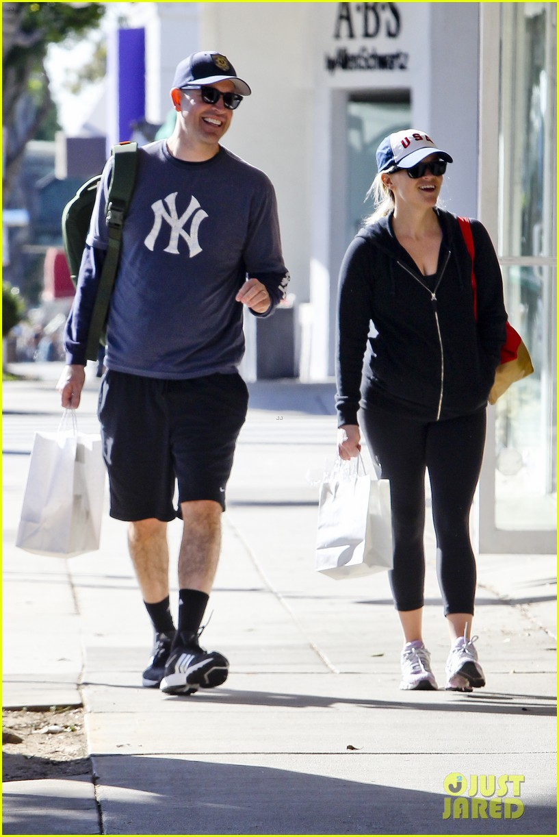 reese witherspoon jim tosh christmas shop 192779533