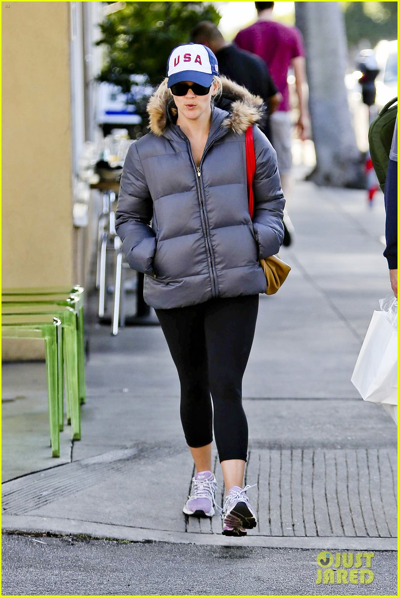 reese witherspoon jim tosh christmas shop 212779535