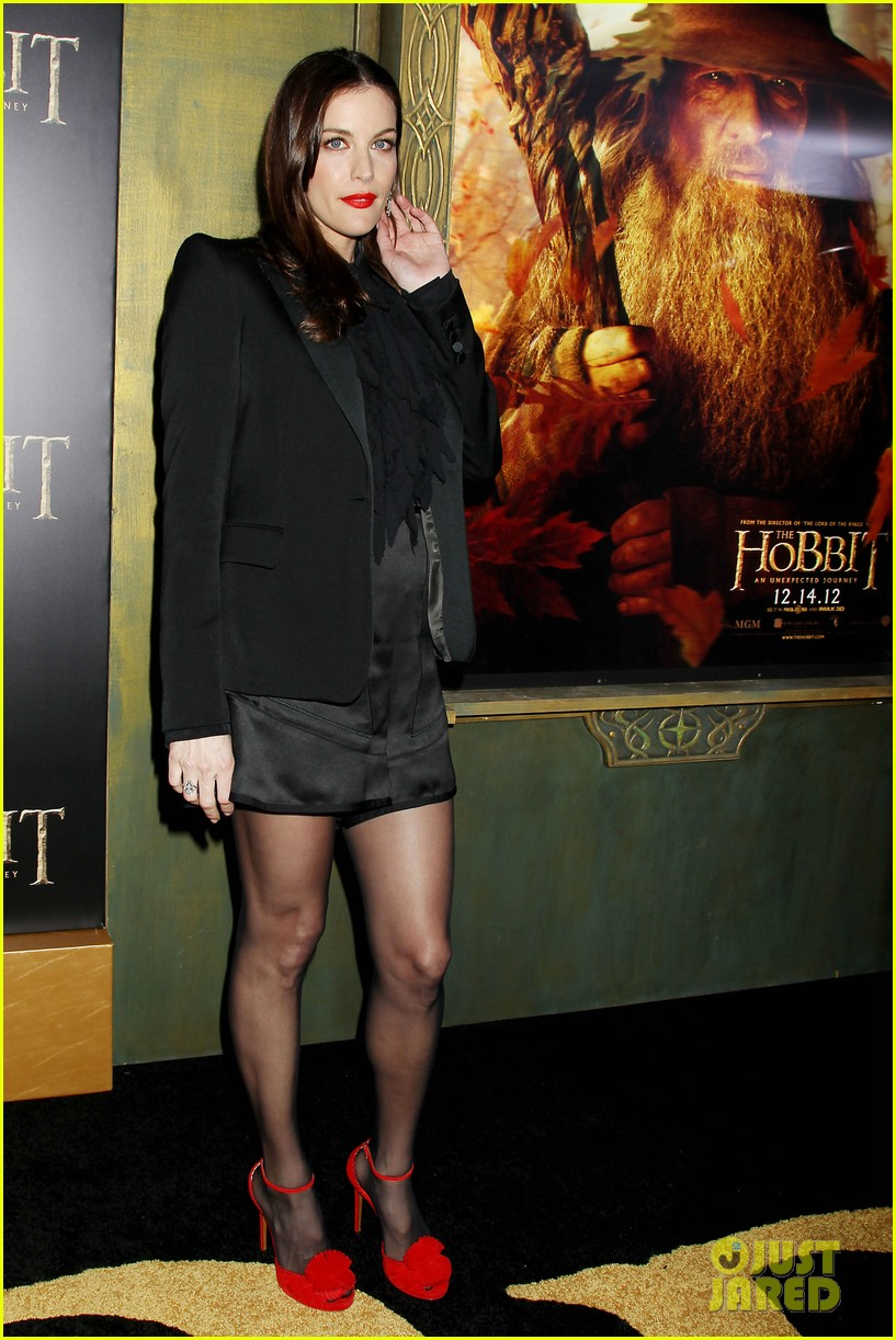 elijah wood liv tyler the hobbit new york premiere 23