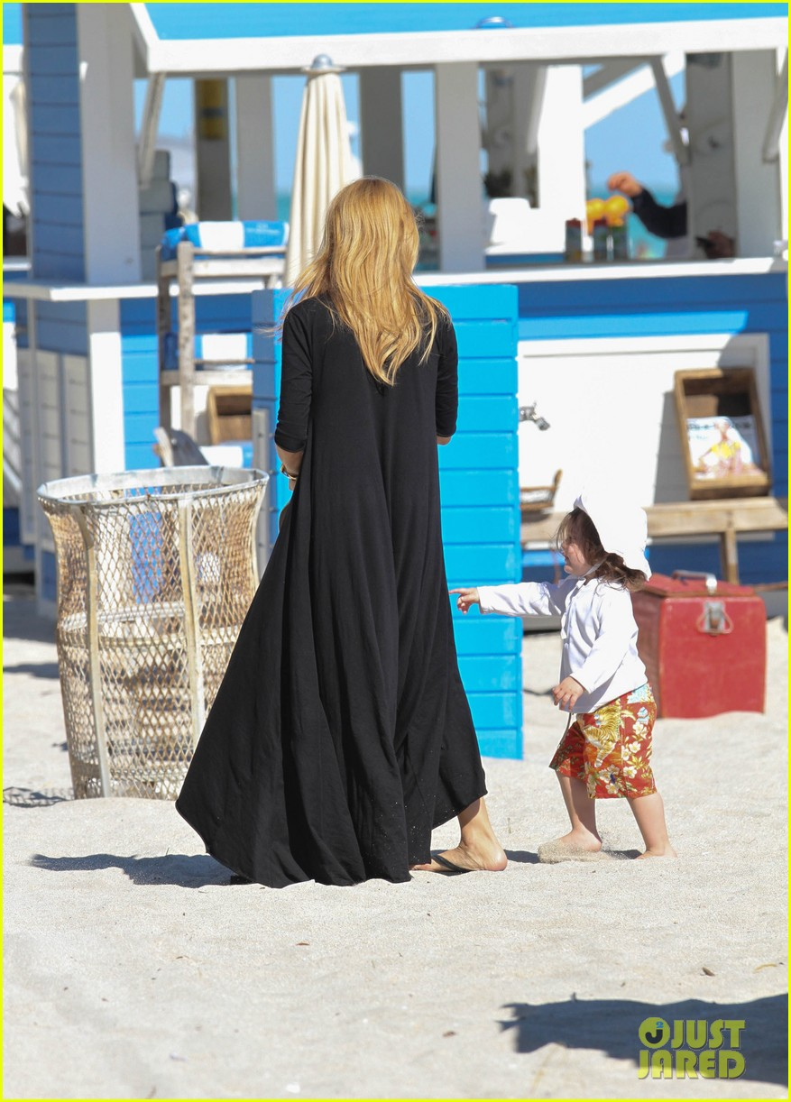 rachel zoe holiday beach vacation with the family 122780501