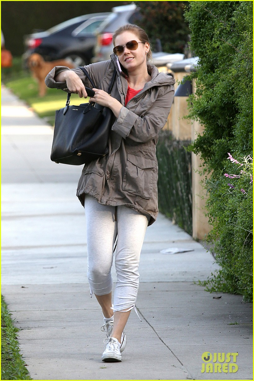 amy adams busy day in west hollywood 012801416