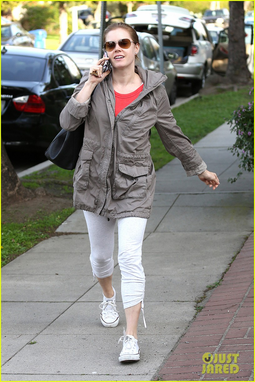 amy adams busy day in west hollywood 092801424