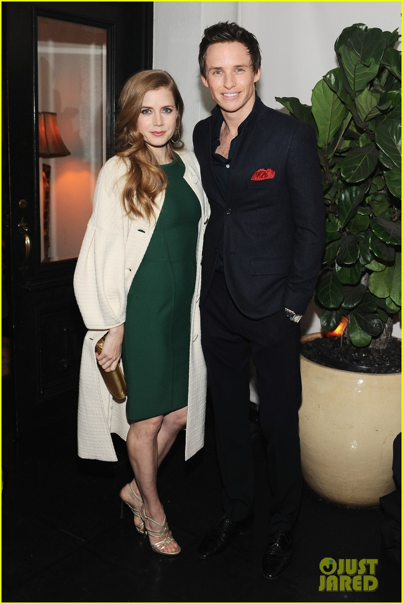 amy adams eddie redmayne w magazine pre golden globes party 03