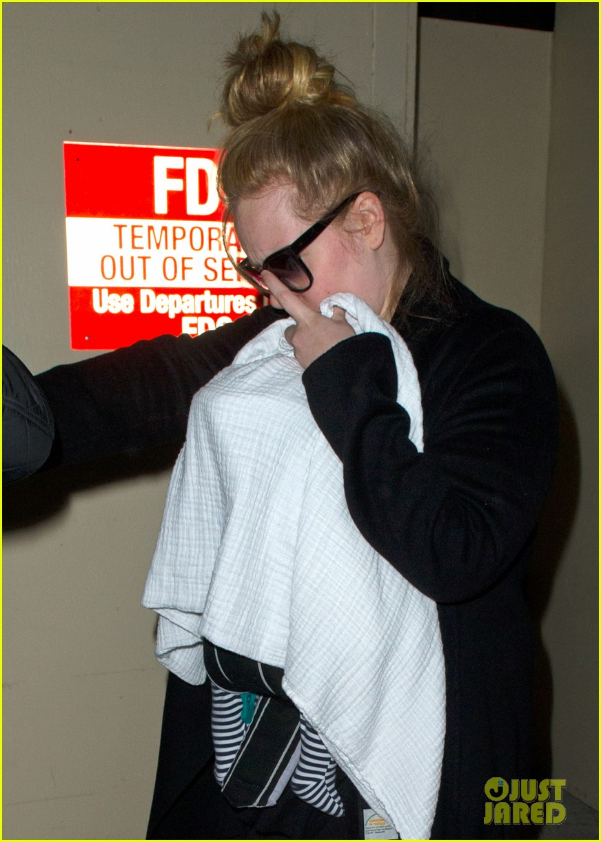 adele baby land in los angeles for golden globes 042788763
