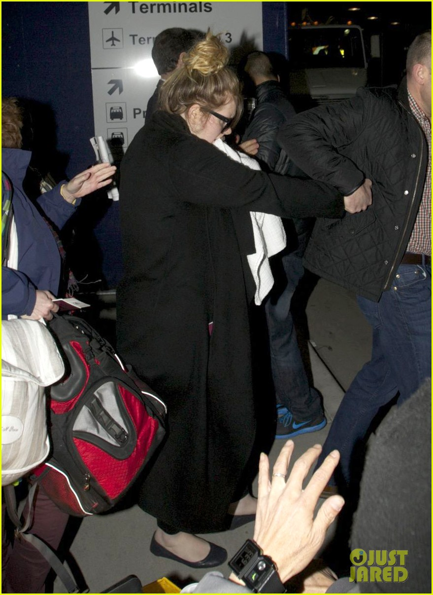 adele baby land in los angeles for golden globes 092788768