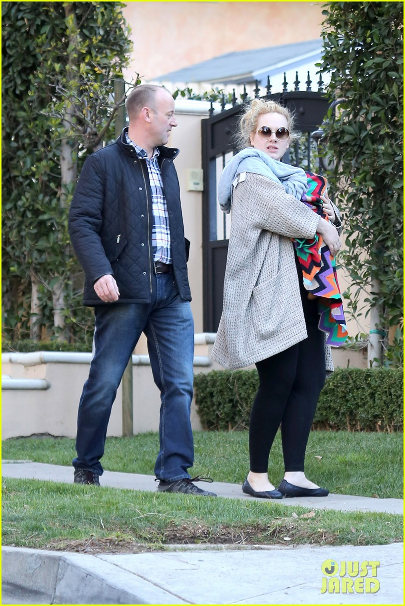 adele beverly hills stroll with baby boy 062793280