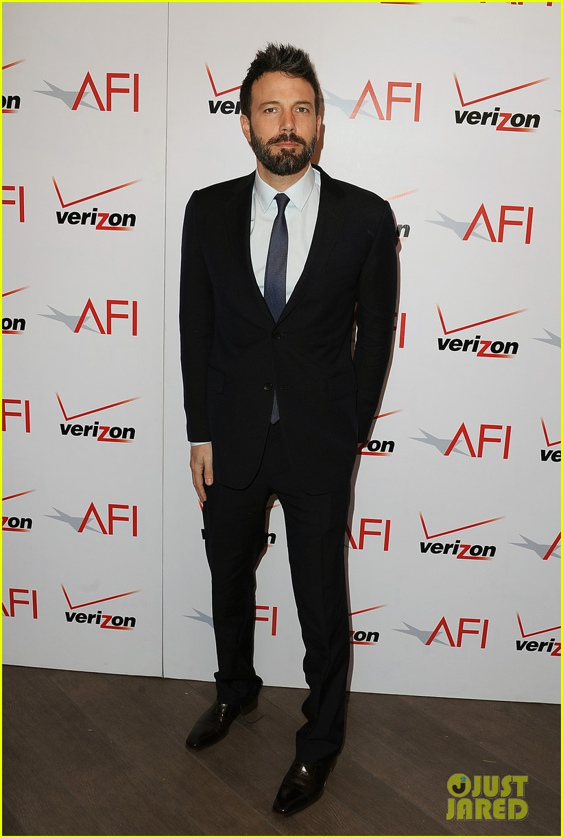 ben affleck george clooney afi awards 2013 red carpet 01
