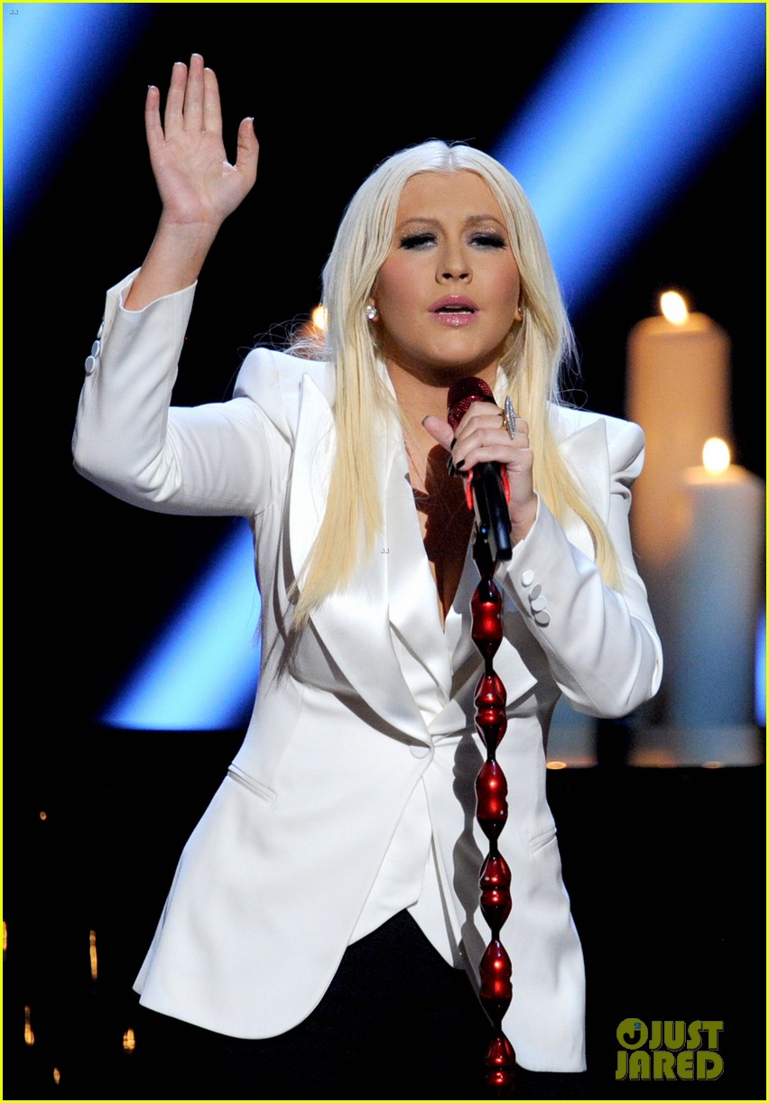 christina aguilera peoples choice 2013 152788052