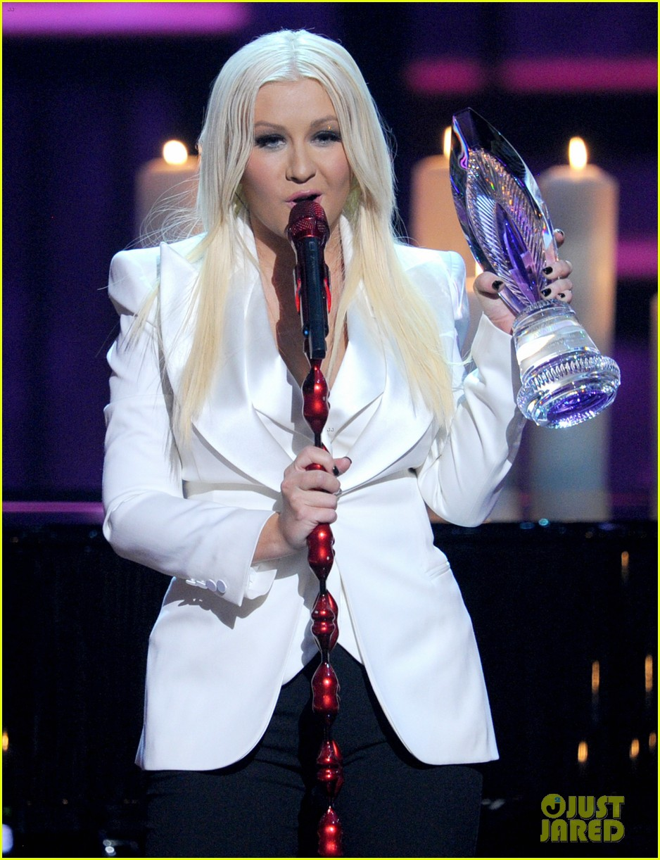 christina aguilera peoples choice 2013 172788054