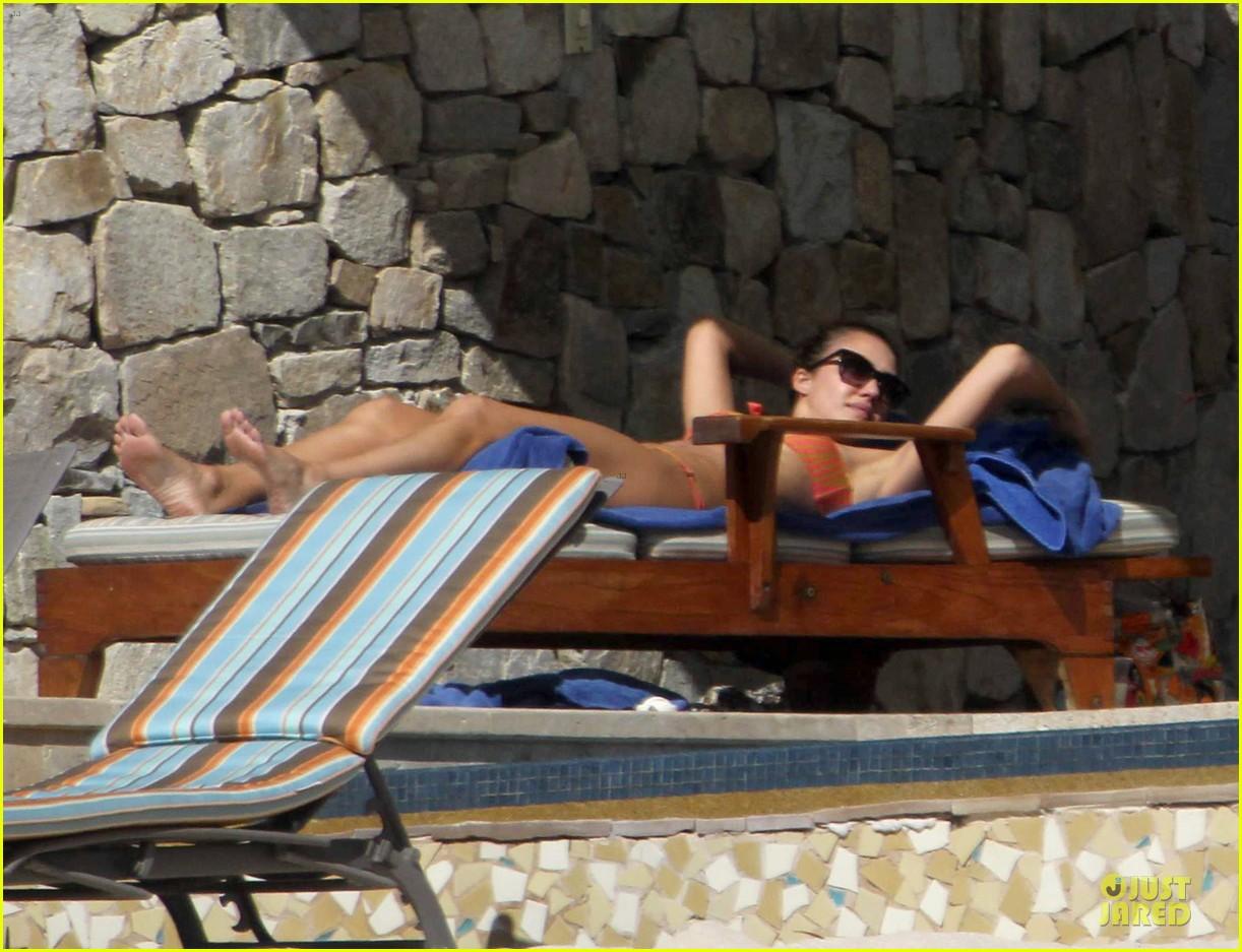 jessica alba bikini vacation in cabo san lucas 082784042