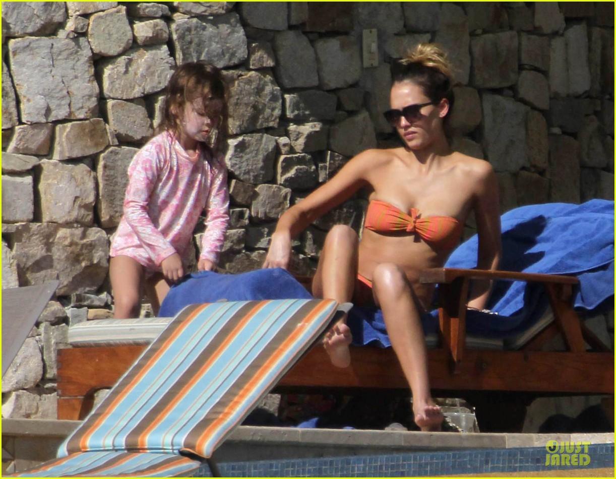 jessica alba bikini vacation in cabo san lucas 182784052