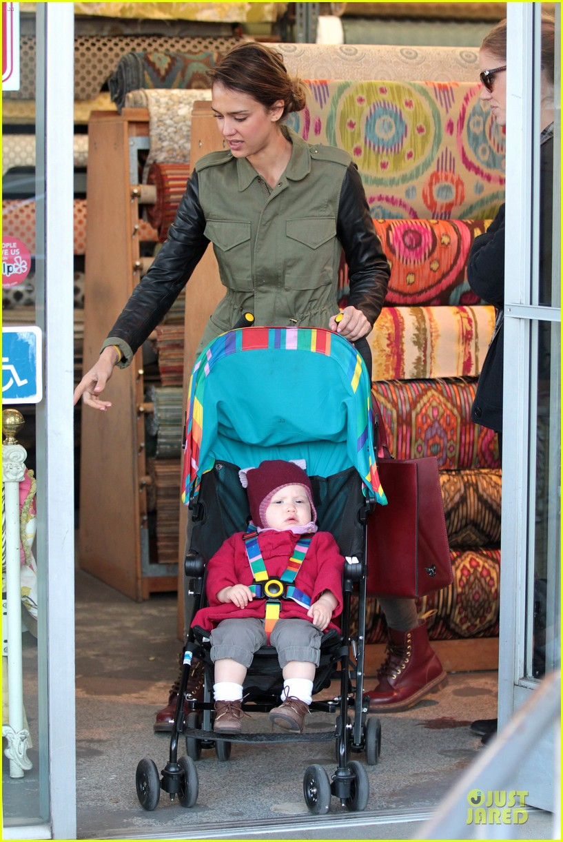 jessica alba fabric shopping with haven 162792531